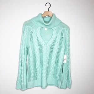 NWT NY&C Turtle Mint Neck Sweater with Keyhole